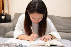 「私立入試と公立入試の違いとは?それぞれの特徴と受験対策」のサムネイル